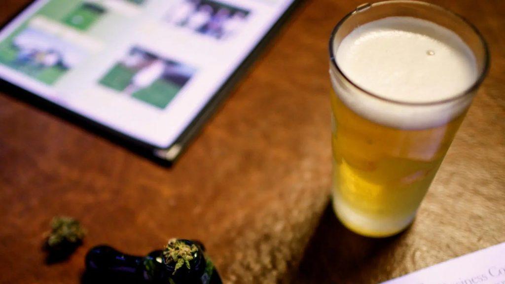 Cerveza marihuana